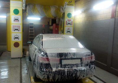 don pato, túnel de lavado con espuma